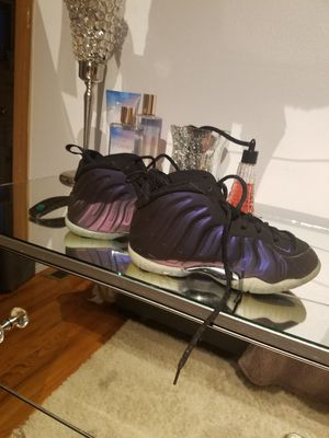 Boys size 12 foamposite for Sale in Florissant, MO