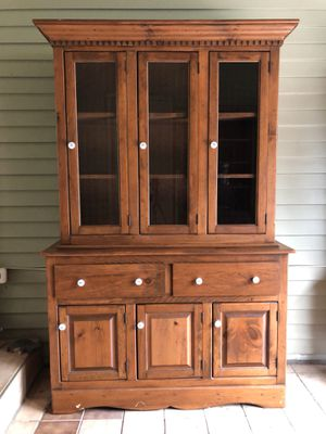 Hutch Made in USA for Sale in Sterling, VA