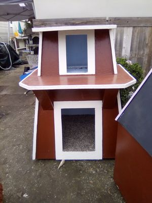 Dog/Cat house for Sale in Stockton, CA