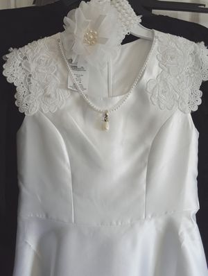 Girls white Maxi dress +matching Headband (size 10) for Sale in Lansdowne, VA