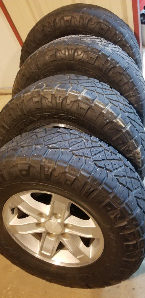 GMC Stocks With Bigger Tires