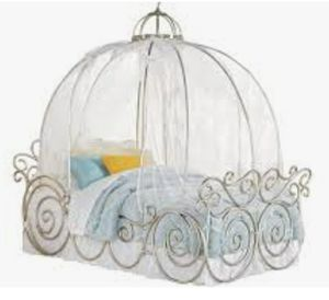 Photo Disney Princess Metal Twin Bed