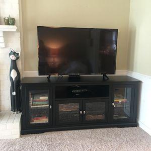 """70"""" tv console table for Sale in Richmond, VA"""