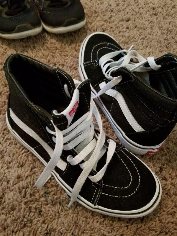 dca8c144bd8 Vans boy shoes for Sale in Mesa
