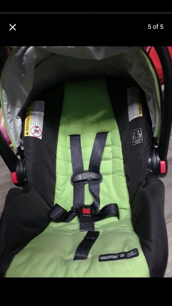 Graco baby infant green car seat and car base (Baby & Kids) in Santa ...