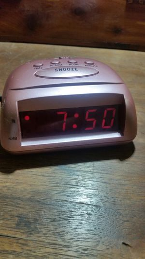 Advance Alarm Clock - Pink LED Model 3139 for Sale in San Diego, CA