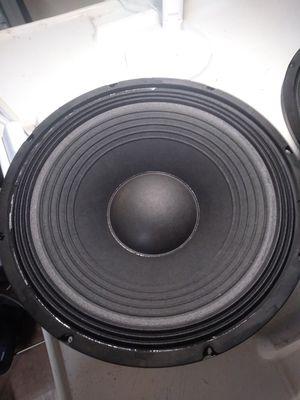 "Bocinas 15,"" 1000 watts. for Sale in Hialeah, FL"
