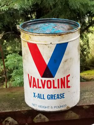 Vintage Valvoline Grease Can for Sale in Tacoma, WA