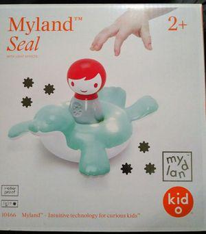 Kid O Myland Seal & Boy Light Interactive Bath Toy for Sale in Seattle, WA