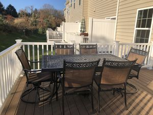 Niles Park Patio Table with 6 chair. for Sale in Eldersburg, MD