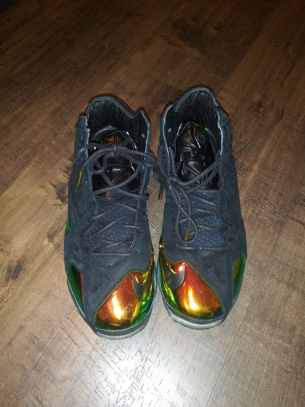 6ea4bd57735 Nike lebron XI 11 EXT king crowns for Sale in Oakland