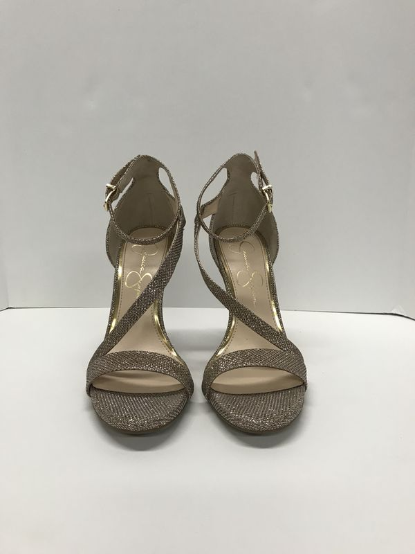 f1db5301cc2 Jessica Simpson Rose Gold Glitter Heels Size 7.5 for Sale in Mokena ...