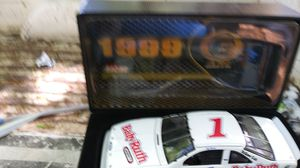 Photo 1999 Jeff Gordan Die Cast Car # 1 out of 2500 all metal in original box very nice and rare