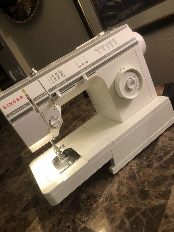 Singer 40 40StitchFunction And Electronic Speed Control Sewing Simple Singer Sewing Machine 57817c