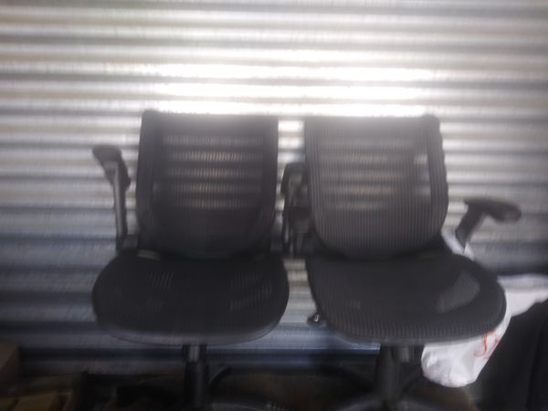 Captain Chairs Rolling Racks For Sale In Moreno Valley