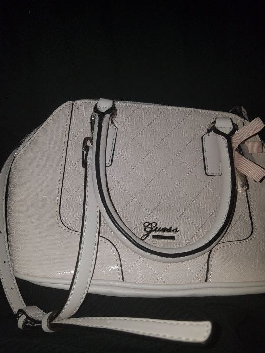 72ee74bd62 Guess bag for Sale in Los Angeles