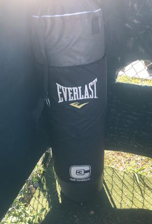 Everlast punching bag for Sale in Princeton, FL