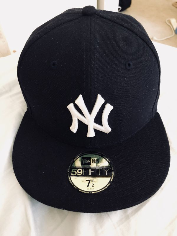 8d4dad26 New Era Yankees 59fifty fitted cap for Sale in Tustin, CA - OfferUp