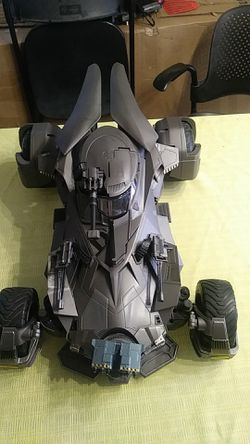 Justice League Batmobile Thumbnail