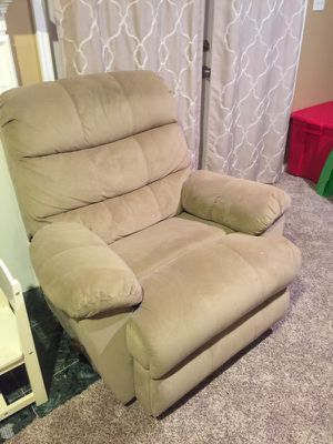 Beige recliner chair with built in massager. for Sale in Burke, VA