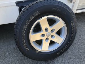 Photo 5 Jeep Wrangler tires and rims