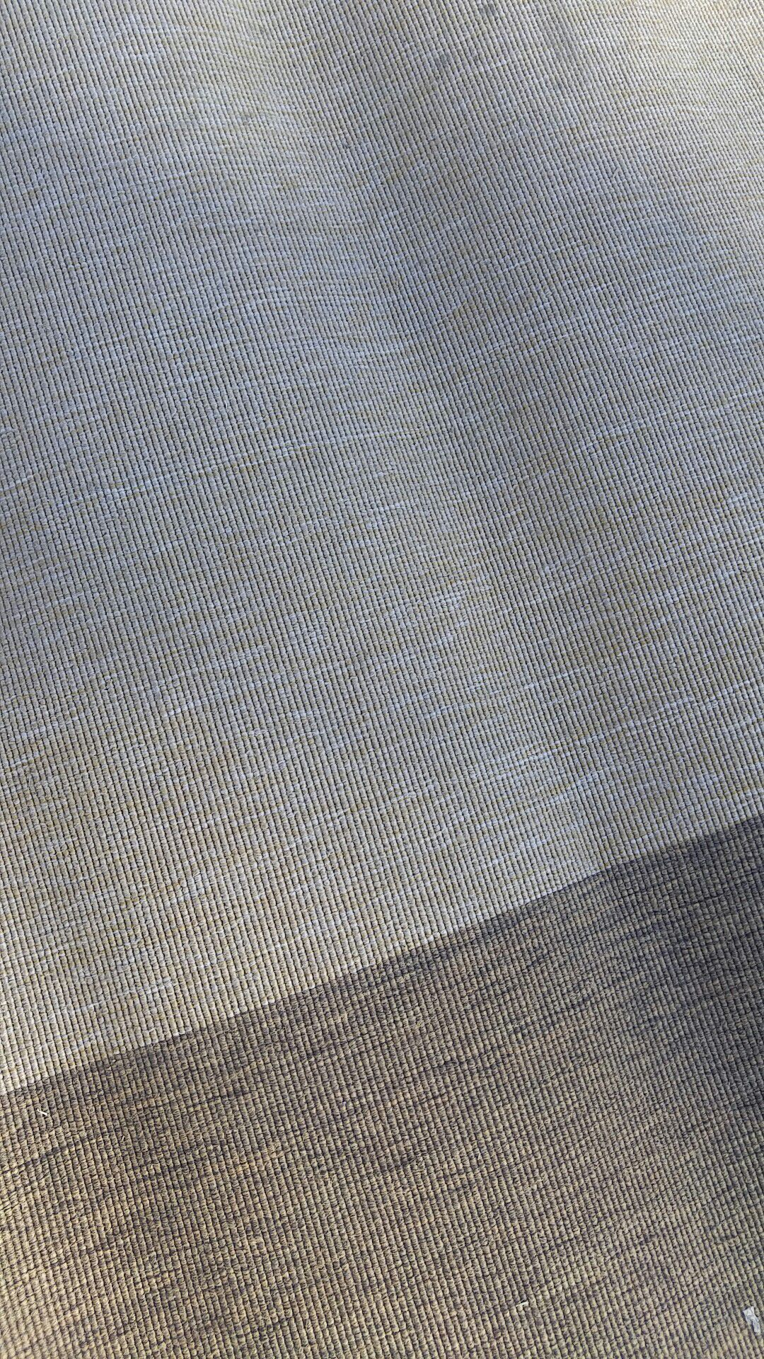 """Ikea rug 200*300 (6'7"""" *9'10)"""