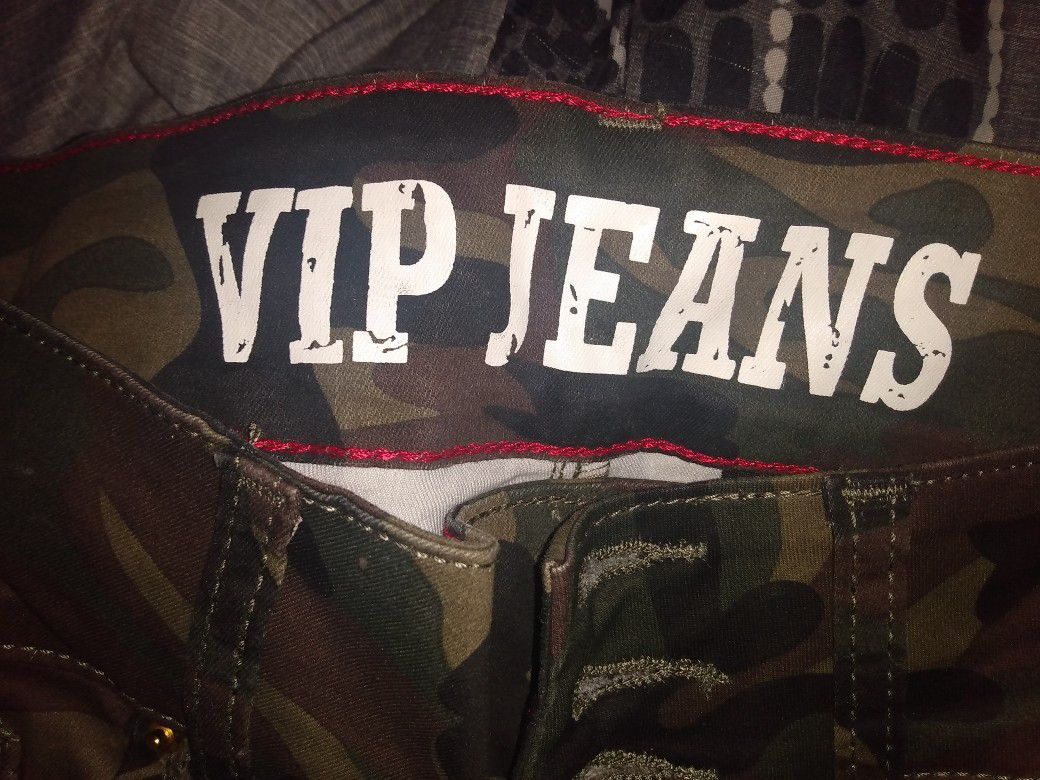 Brand New Vip Camo Pants Size 11