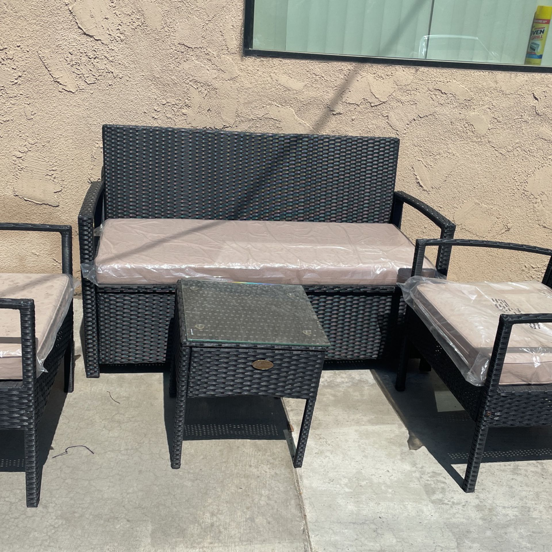 Outdoor Patio 4 Piece Chairs And Table Set