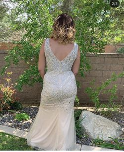 Prom dress with clutch Thumbnail