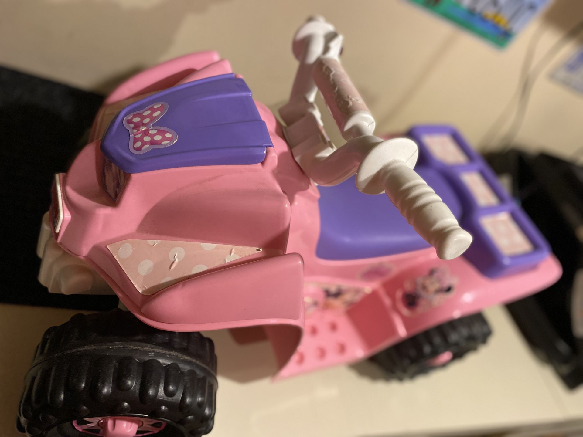Electric toddler toy