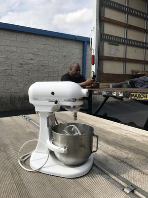 Kitchen Aid commercial mixer for Sale in Silver Spring, MD