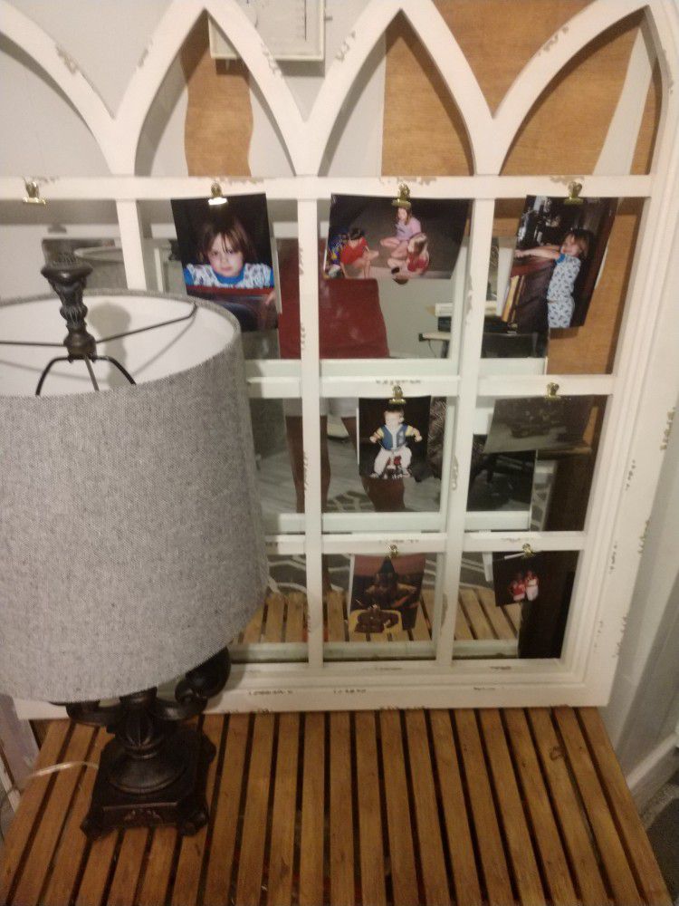 Lamp, Shelf, Frame With Clips For Photos