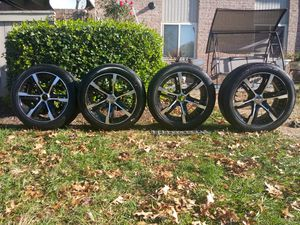 Selling all for $350 tires has 6 lungs for Sale in Gaithersburg, MD