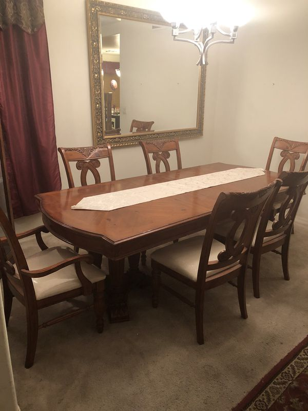Dining Room Set Tucson