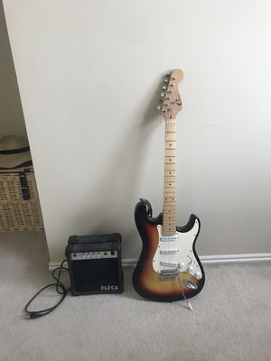 Electric guitar with amp and case for Sale in Salt Lake City, UT
