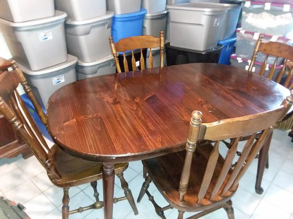 Ethan Allen Oval Dining Room Table with 4 Chairs for Sale in Palm ...