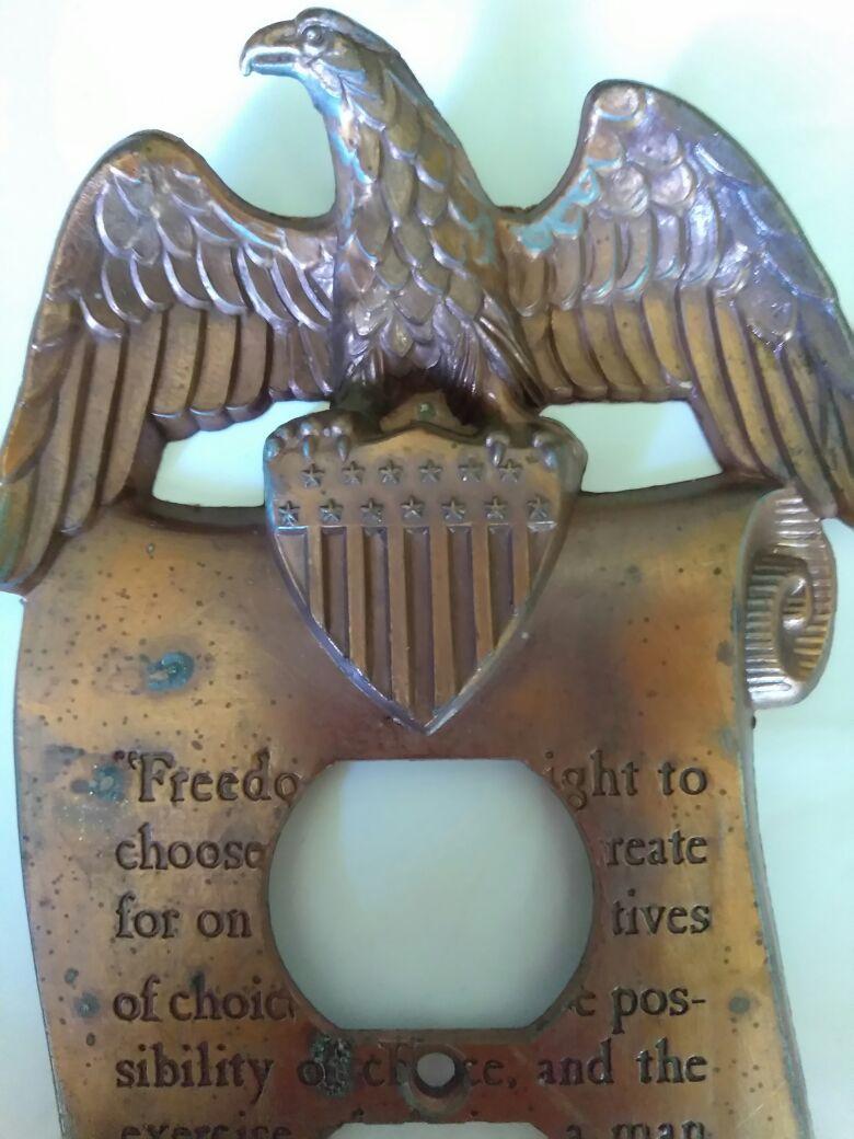 Beautiful vintage brass Thomas Jefferson eagle plate