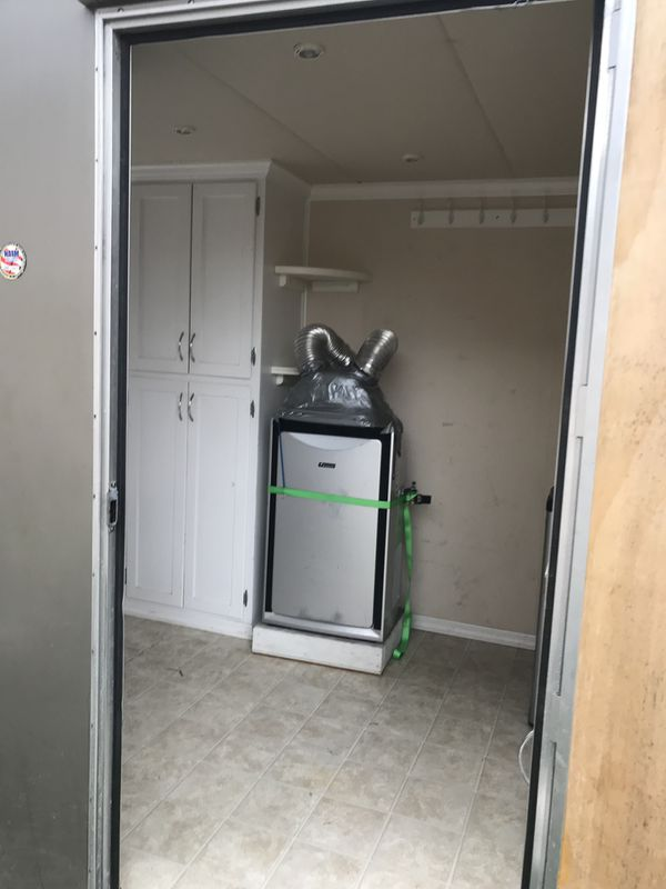Used Everett Rv For Sale Everett Wa >> 2008 trailer/camper/ with Honda generator for Sale in Everett, WA - OfferUp