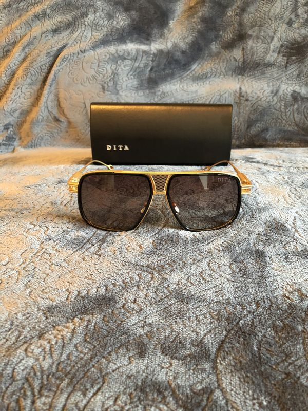 0a72753ac01 Dita Grandmaster 5 sunglasses for Sale in Houston