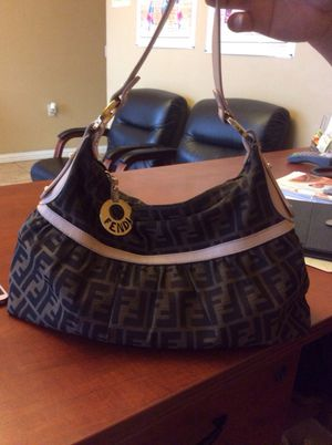 e21303395d36 New and Used Fendi bag for Sale in Maricopa