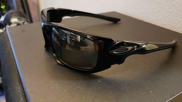 821690f16e49 Oakley Sunglasses for Sale in Seattle, WA - OfferUp