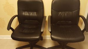 2 identical office chairs for Sale in Lake Ridge, VA