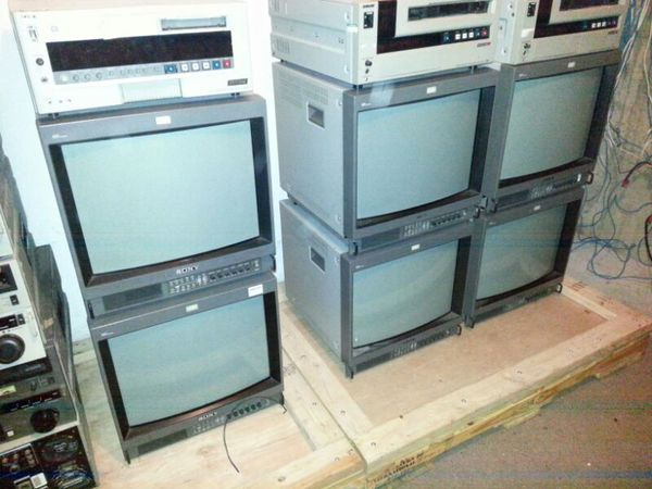 sony pvm 20 crt video monitors video equipment in queens ny offerup