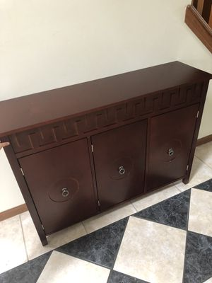 Contemporary console table, shoe cabinet, display for Sale in MENTOR ON THE, OH