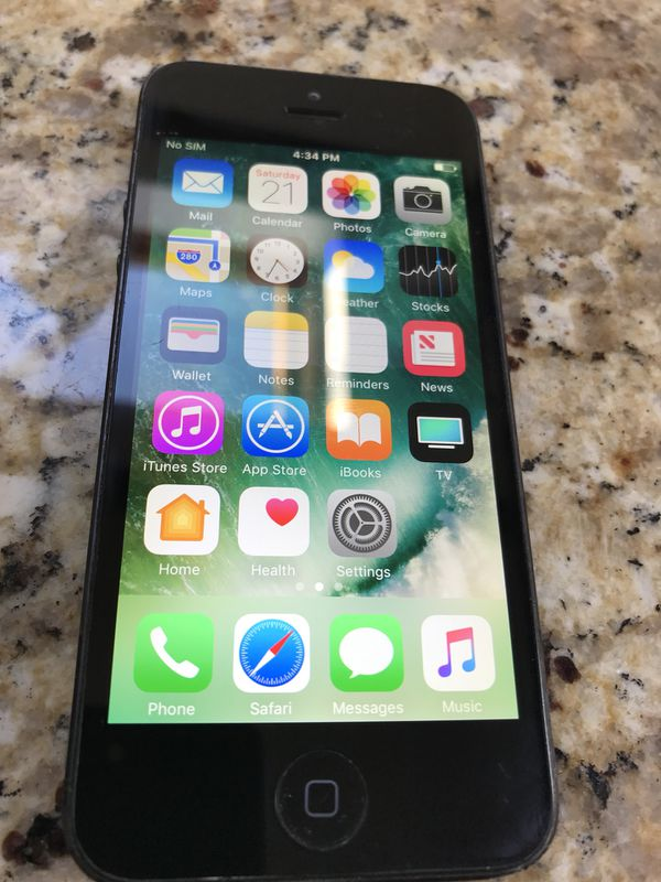 Boost mobile iPhone 5 Will also work on sprint for Sale in