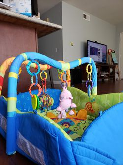 Baby activity gym Thumbnail