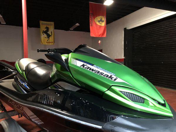 Kawasaki ultra 300x jet ski