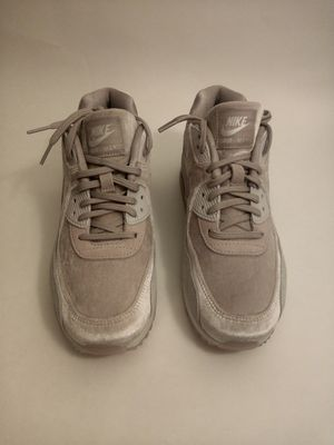 Nike Air Max 90 LX Particle Rose (Velvet/Suede) Women's Shoe Sz 8 (898512-600) for Sale in Los Angeles, CA