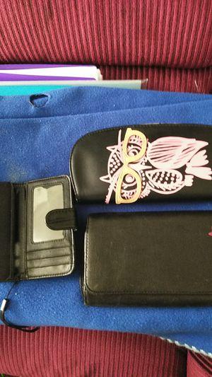 2 wallets n 1 phone case wallet 2.00 each for Sale in Bakersfield, CA