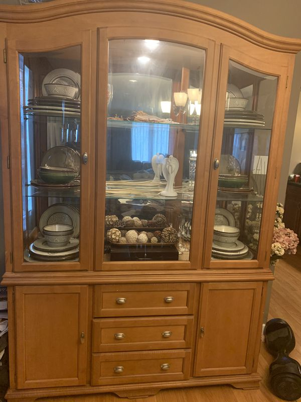 Darvin Furniture China Cabinet Buffet Server for Sale in ...